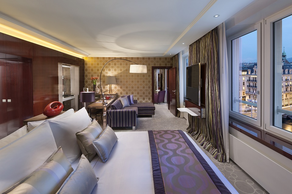 hotel-595121_960_720
