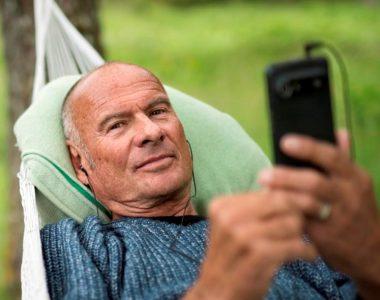 6 rád, ako vybrať mobil pre seniora