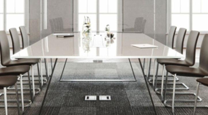 0-konferecne-stoliky-kresla
